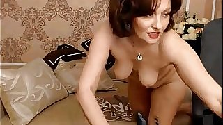 Russian mature toys her ass on webcam