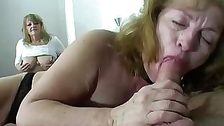 Gang sex with mature sluts Sesso di gruppo con mature troie