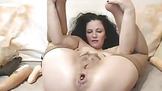 Dirty Mature Mega-bitch With Loose Crevices