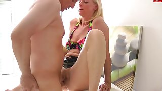 Mature slut gets shagged hard in the kitchen