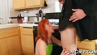 mom gets her anal creampied